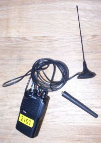 Magmount vehicle antenna for walkie-talkies