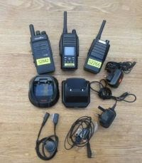 SIM card network two way radios with accessories